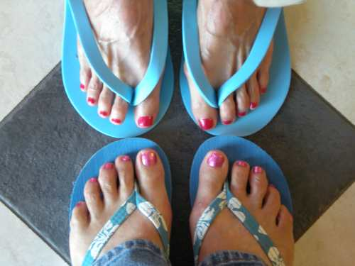My sister and I got pedicures on Monday.